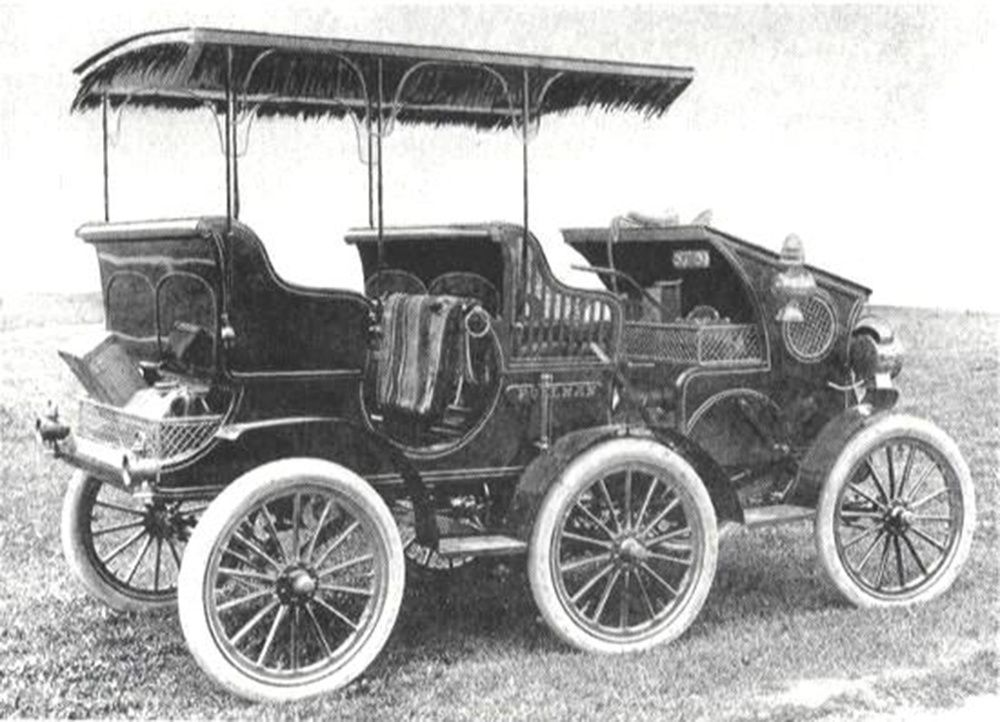 Pullman Six-Wheeled, 1903, photo : american-automobiles.com/Pullman-1903.html