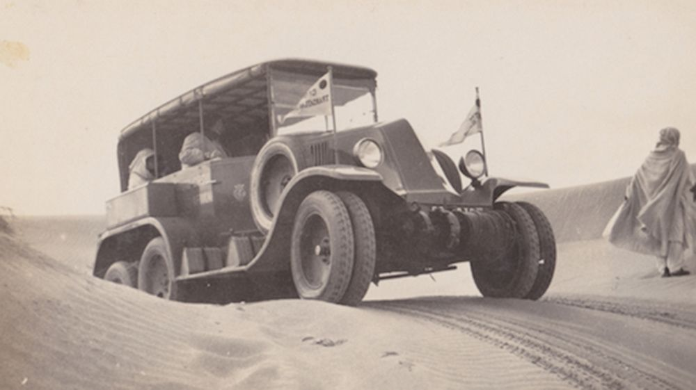Renault MH 6 roues, 1923, photo : Archives AgrippA mediA - Fonds Montén
