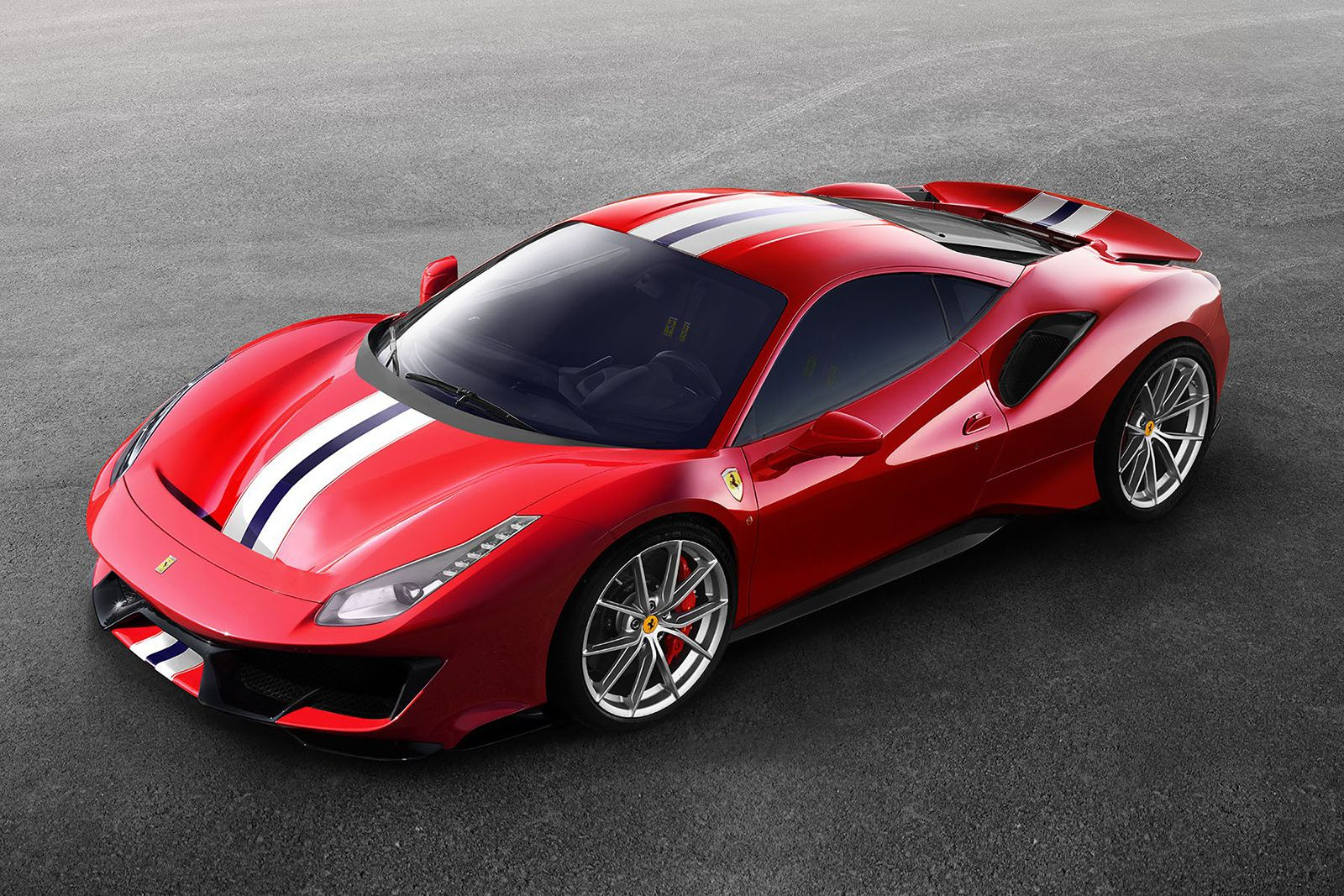 Ferrari 488 Pista : voiture de course pour usage civil