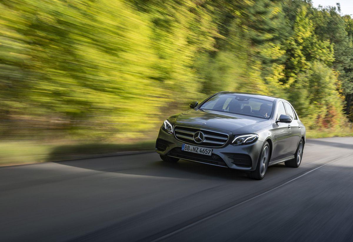 Mercedes : la marque à l'étoile fait le plein d'hybrides
