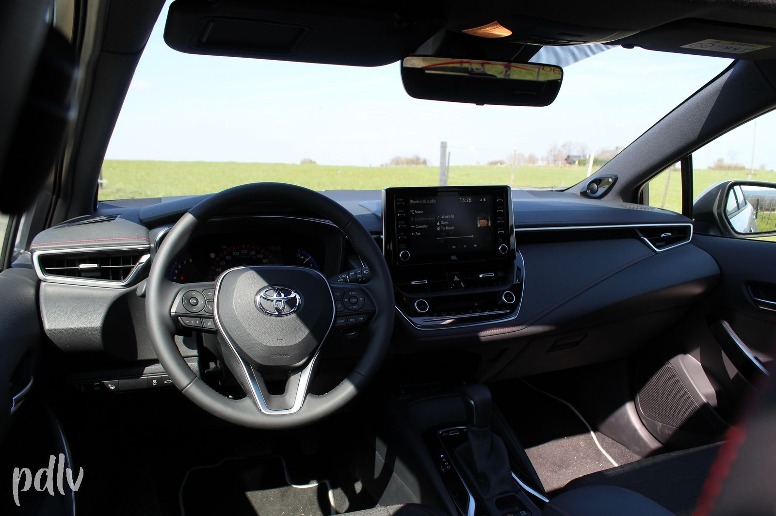 Toyota Corolla Touring Sports 2.0 Hybrid 180 : Bonne à tout faire