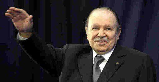 Bouteflika, président du FLN.  Discours à Sétif, deux jours avant le vote.