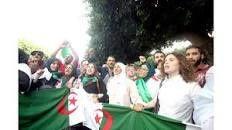 35è mardi. Les étudiants ont finalement rejoint le tribunal de Sidi M'hamed