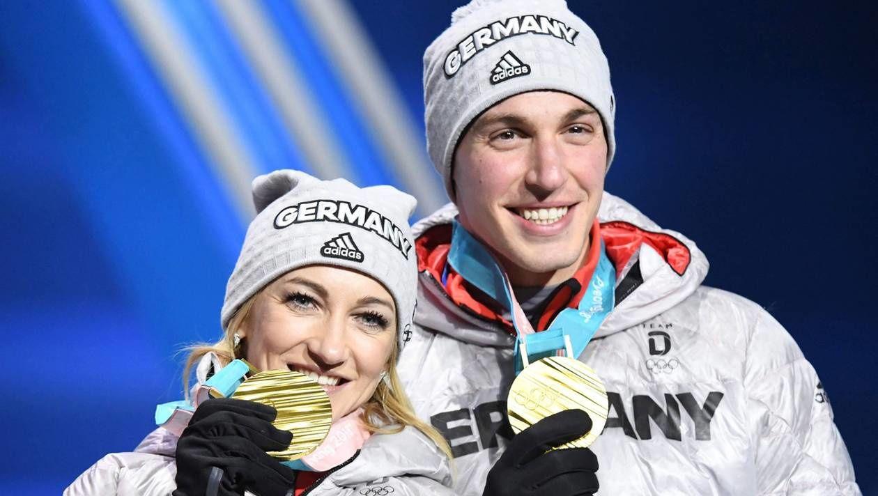 Crédit (c) AFP - ville de Caen - Aljona Savchenko et Bruno Massot, champions olympiques de patinage artistique catégorie couple aux Jeux d'hiver à Pyeongchang en février 2018. © AFP
