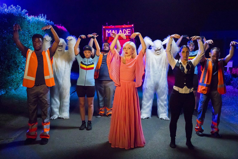 #Musique - ALICE ON THE ROOF - Nouveau clip Malade avec des invités surprise !