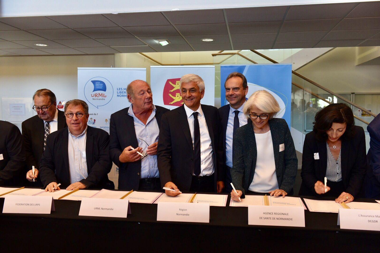 #Normandie - Signature d'une charte pour le développement de la télémédecine à l'occasion de la journée Santé du Futur !