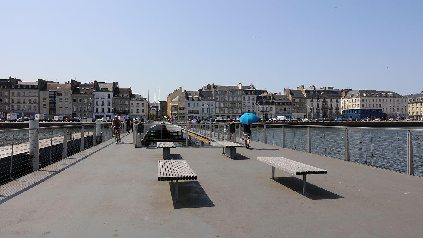 #Cherbourg - Hommage à Michel Legrand samedi 21 septembre : inauguration de la passerelle !