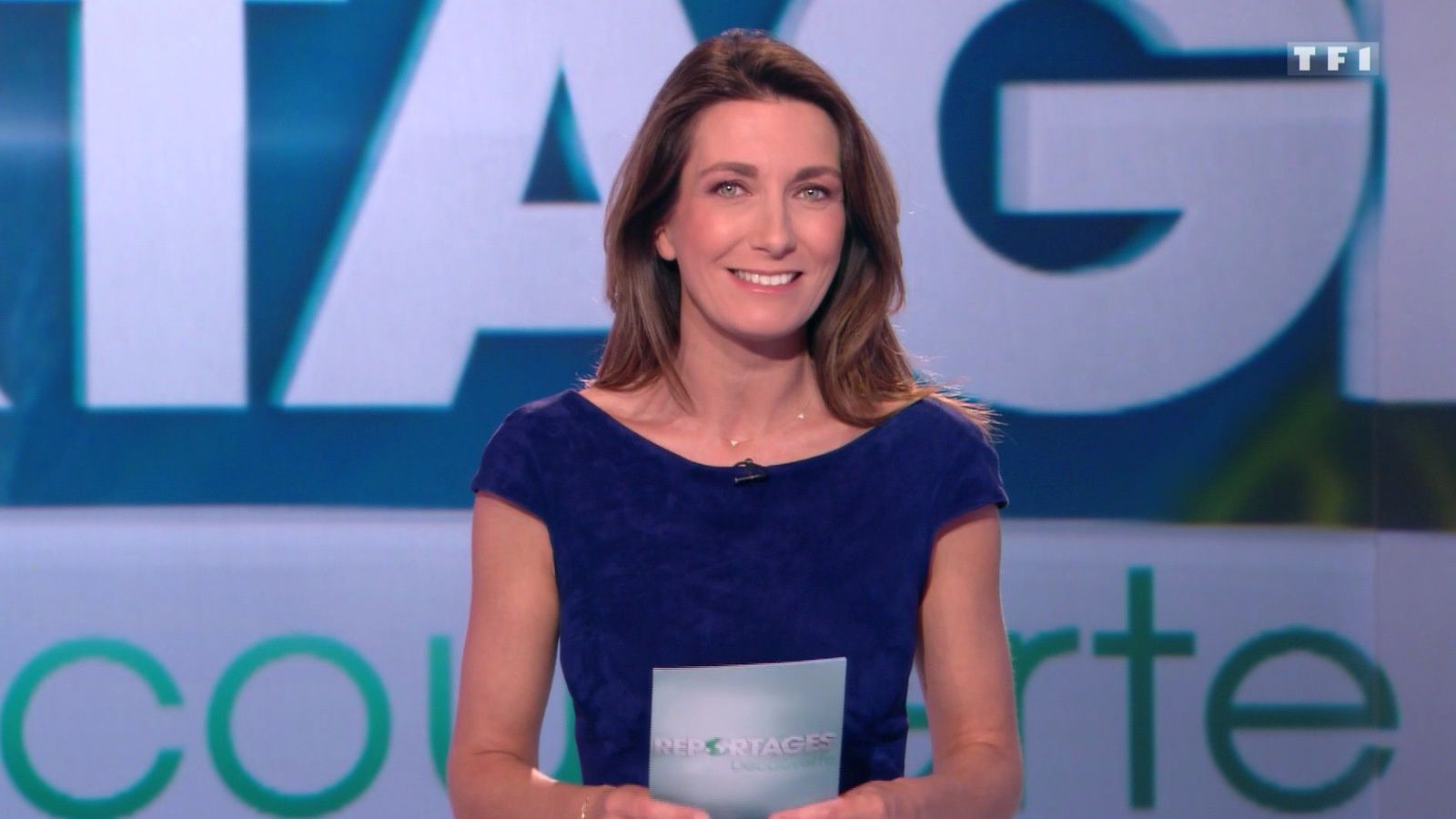 📸6 ANNE-CLAIRE COUDRAY @ACCoudray @TF1 pour REPORTAGES DECOUVERTE ce midi #vuesalatele