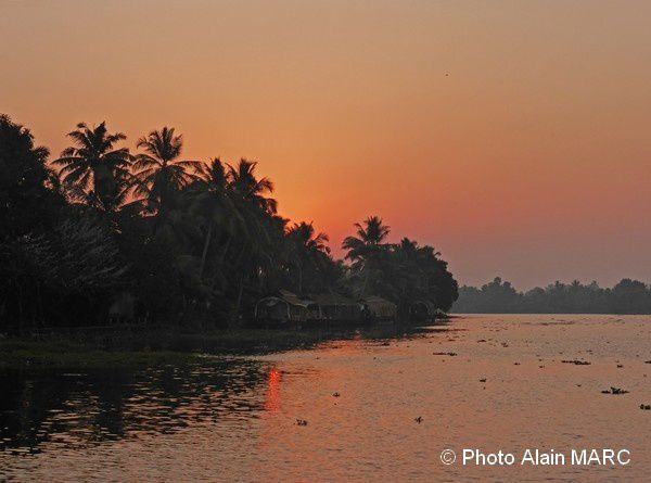 Retour du stage carnet de voyageaquarelle de la traversée de l'Inde du Sud.