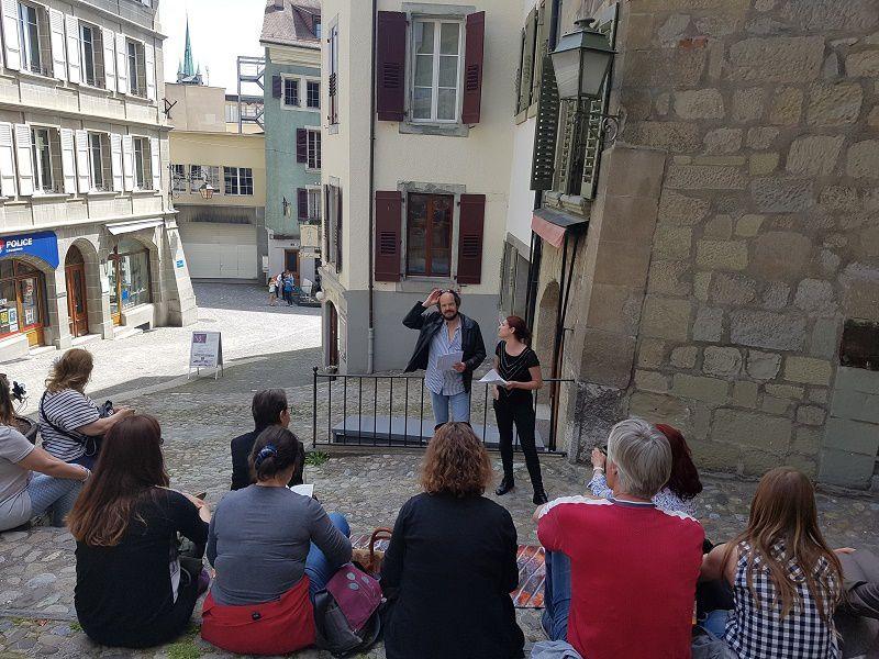René-Claude Emery et Sofia Verdon au bas des Escaliers du Marché