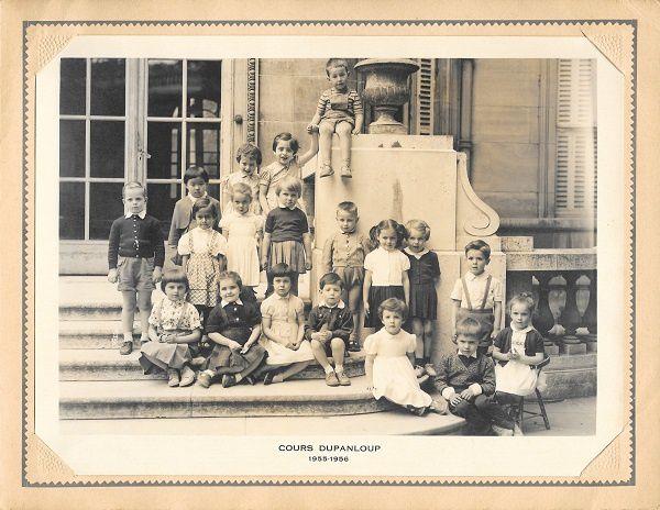 Cours Dupanloup 1955-1956: je suis le quatrième enfant assis à partir de la gauche...