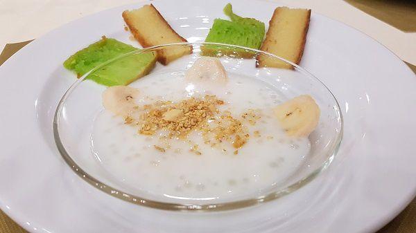 Banane sucrée au lait de coco - Petits soufflés du Vietnam