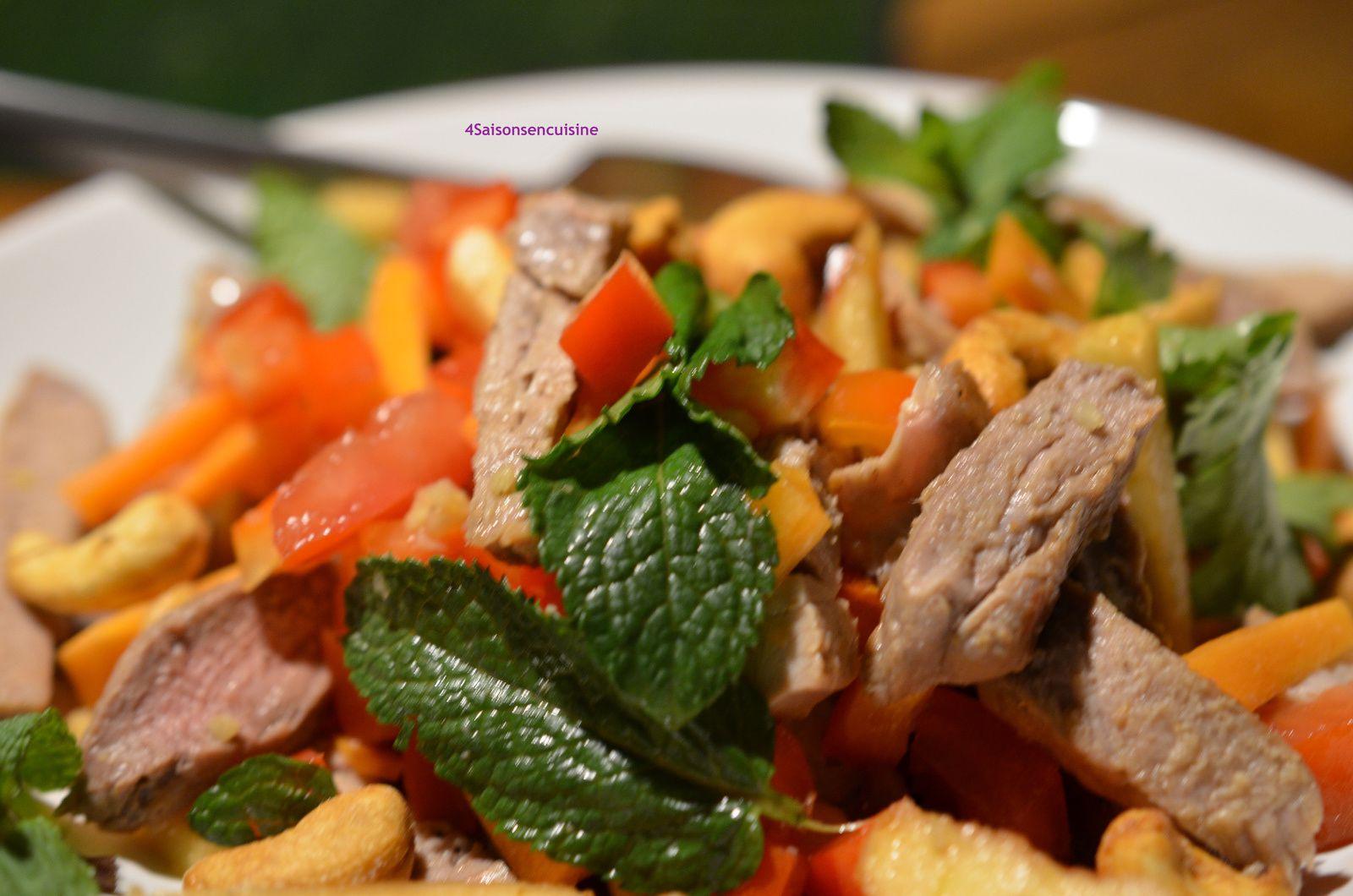 Salade de porc Thaï
