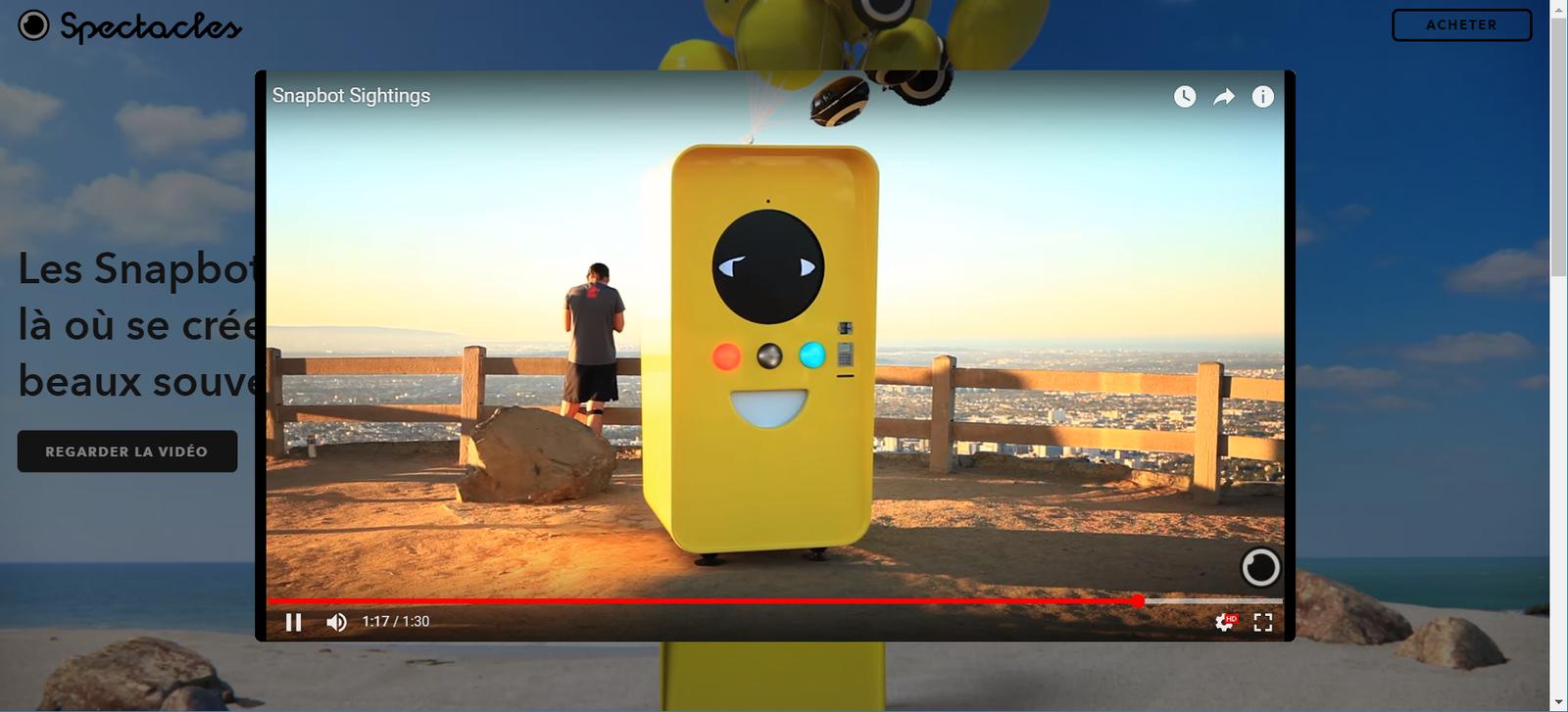 Les lunettes connectées Snapchat Spectacles en partenariat avec Unibail Rodamco ! Vu à Velizy II.