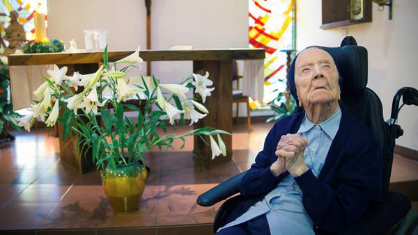 Lien à la Source Sœur André, 115 ans le 11 février, est entrée à 41 ans chez les Filles de la Charité (ou Sœurs de Saint Vincent de Paul). © Anthony Micallef