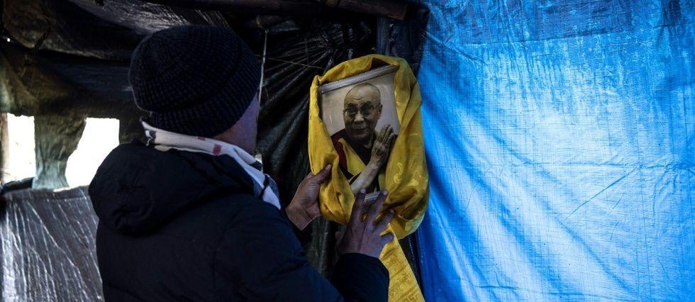 Les Yvelines, inattendu port d'attache des demandeurs d'asile tibétains © AFP / Christophe ARCHAMBAULT