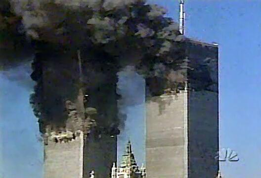 Le drame du 11 septembre 2001 servit de prétexte à de considérables abus qui portèrent atteinte aux libertés et à la vie privée non seulement des citoyens américains, mais aussi des citoyens dans le monde entier.
