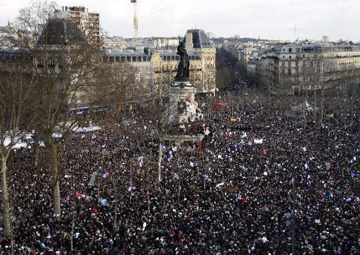 La manifestation républicaine qui a rassemblé près de quatre millions de personnes dans toute la France a été canalisée par le pouvoir. Pour combien de temps ?