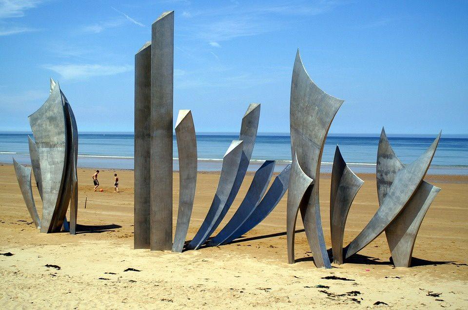 Omaha Beach, plage du Débarquement, Normandie, France.