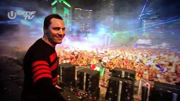 Tiësto tracklist and mp3: Ultra Music Festival - Miami, FL 28 march 2014