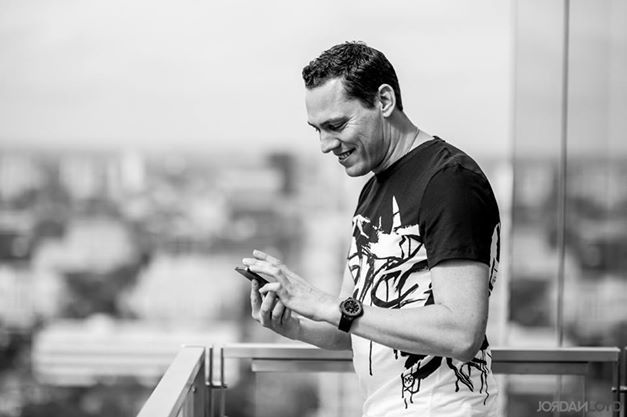 Join Tiësto on.... Facebook, Twitter, Tumblr, Instagram, Soundcloud and website