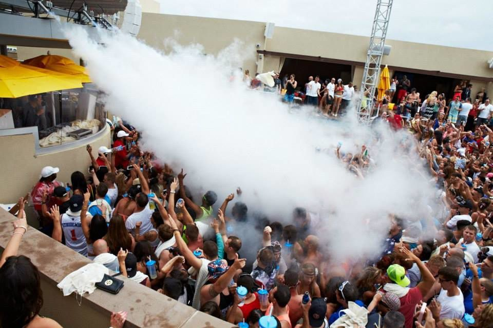 Tiësto photos: HQ Beach Club - Atlantic City, NJ 04 july 2014