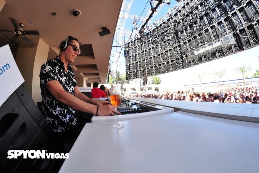 Tiësto photo: Wet Republic - Las Vegas, NV 17 august 2014