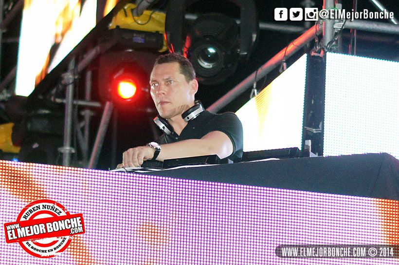 Tiësto photos: Electric Paradise - Punta Cana, Dominican Republic - December 26, 2014