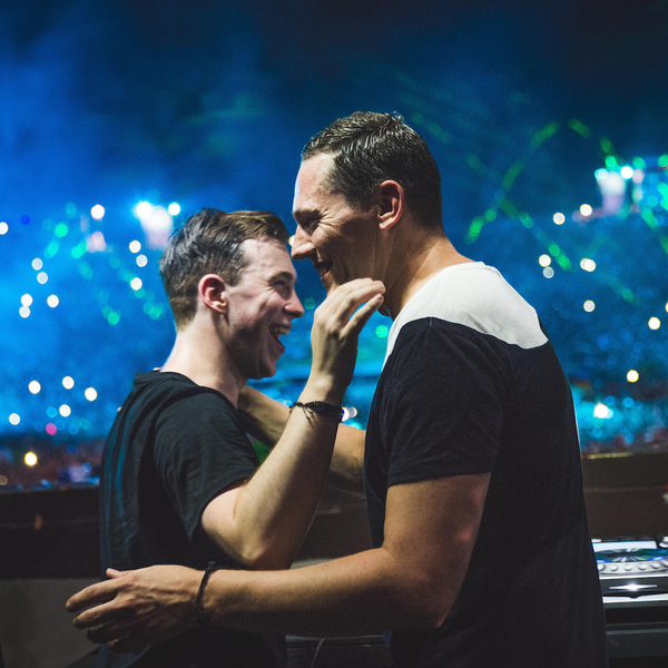 Hardwell & Tiësto Ft. Andreas Moe - Colors