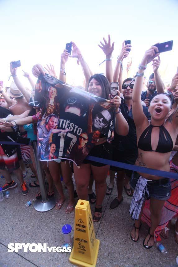 Tiësto photos | Wet Republic | Las Vegas, NV - june 21, 2015