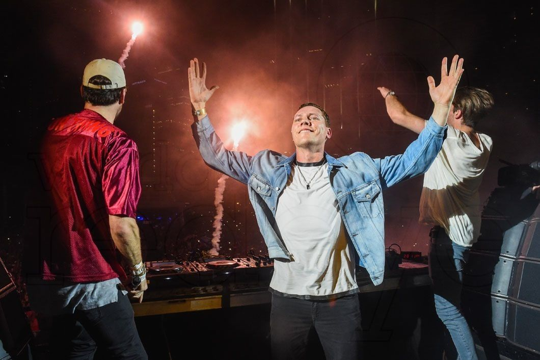 Tiësto photos live at UMF - March 19, 2016