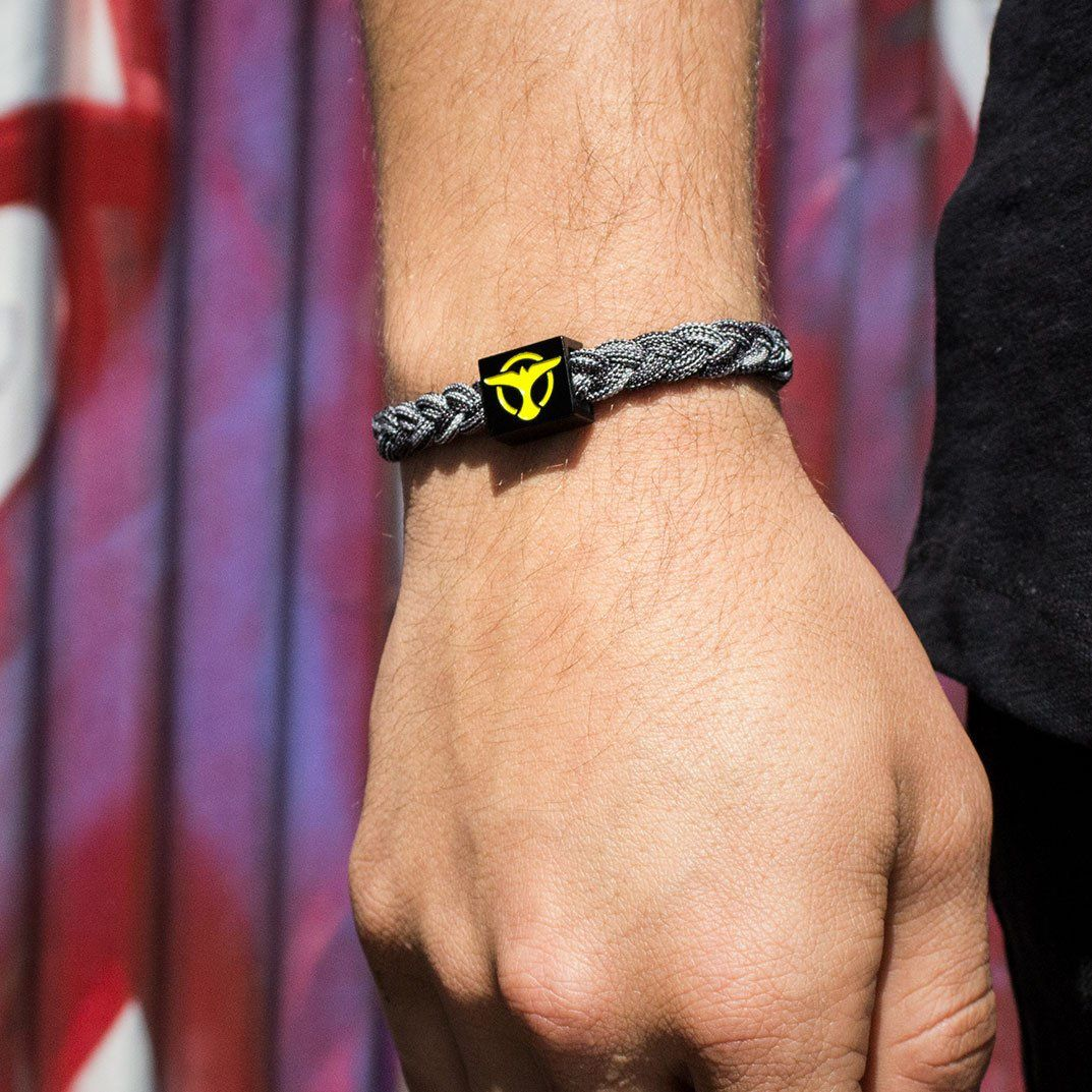 Shop Tiësto | charity bracelet - Available now !!