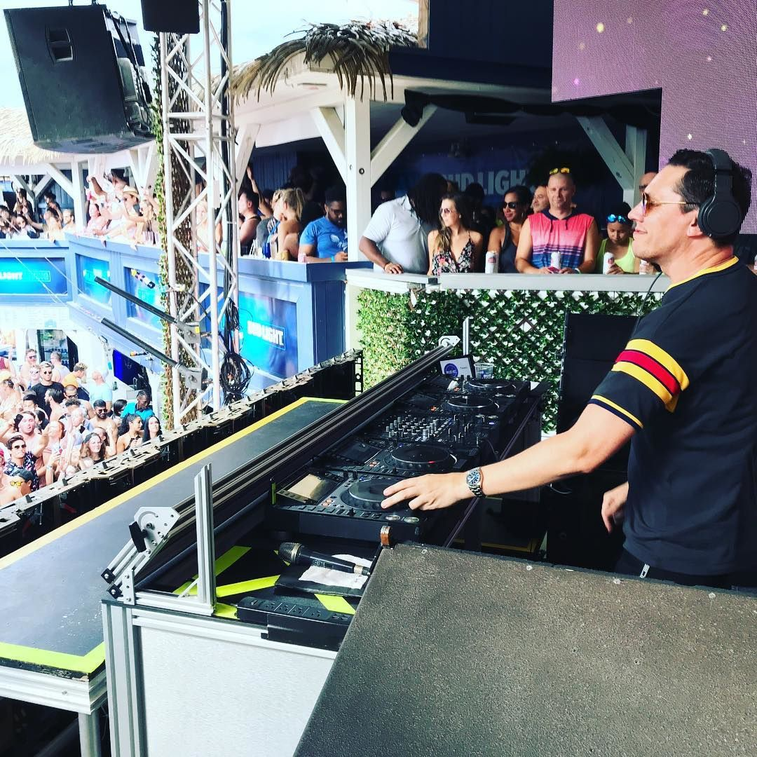 Tiësto photos and vidéo | Beach Club | Pointe-Calumet, QC, Canada - september 03, 2018 #Tiesto