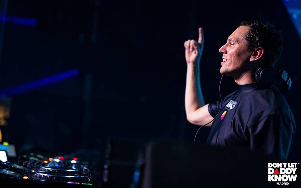 Tiësto photos | Don't Let Daddy Know | Madrid, Spain - december 08, 2018