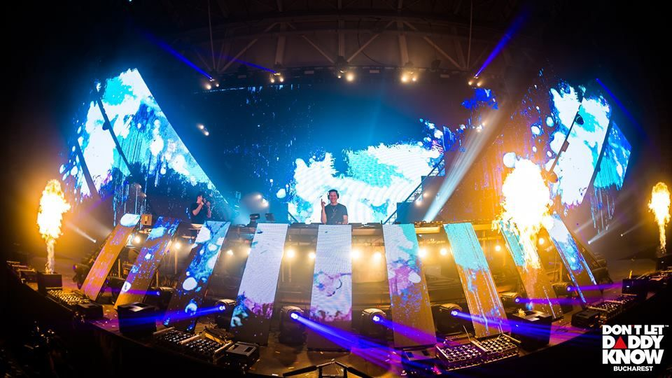 Tiësto photos   Don't Let Daddy Know   Bucharest, Romania - December 15, 2018