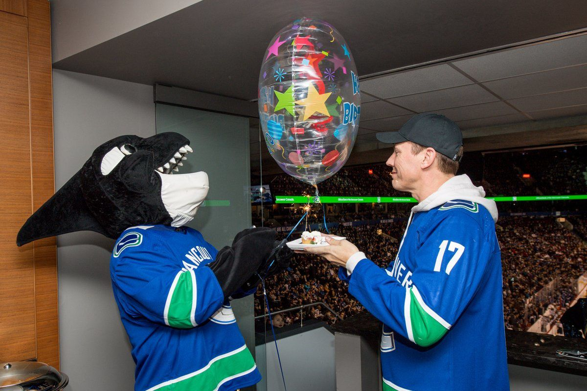 Tiesto in Vancouver at Rogers Arena for his birthday
