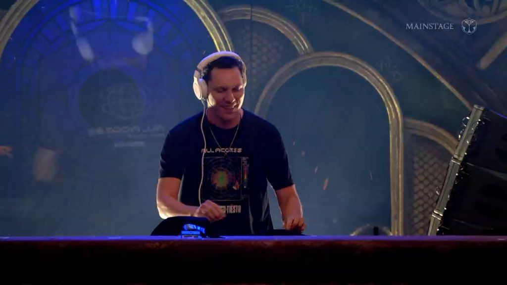 Tiësto vidéo  Tomorrowland  Boom, Belgium - July 19, 2019