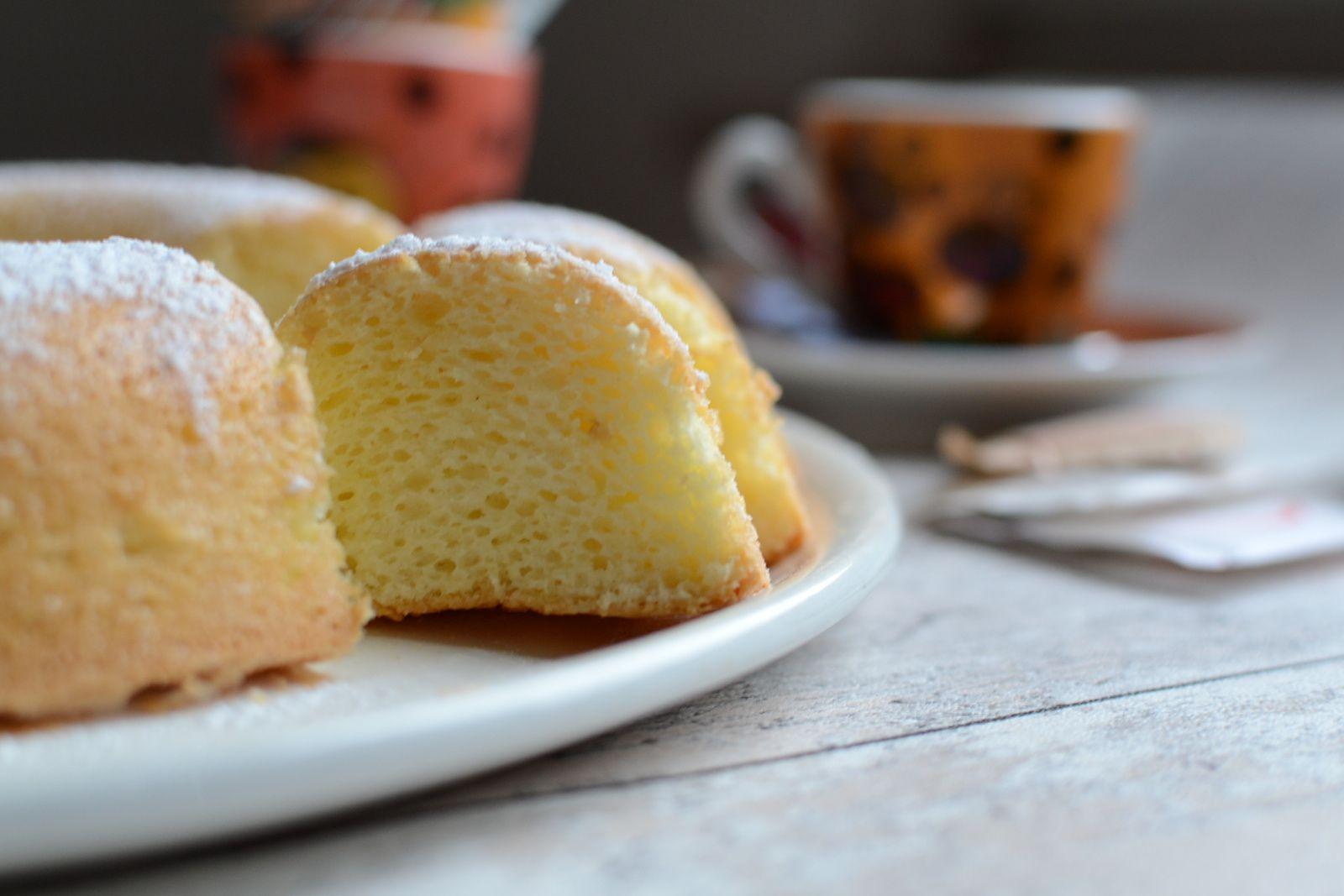 Gâteau aux blancs d'oeuf et à l'eau de fleur d'oranger