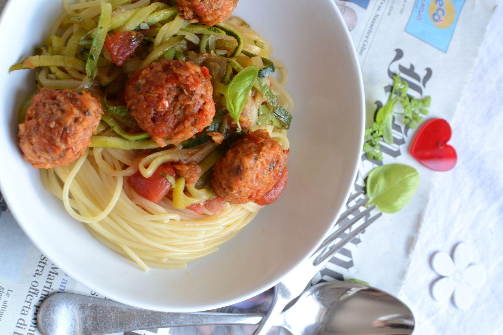 Duo de spaghetti et boulettes aux tomates confites Ensoleil'Ade #végétarien