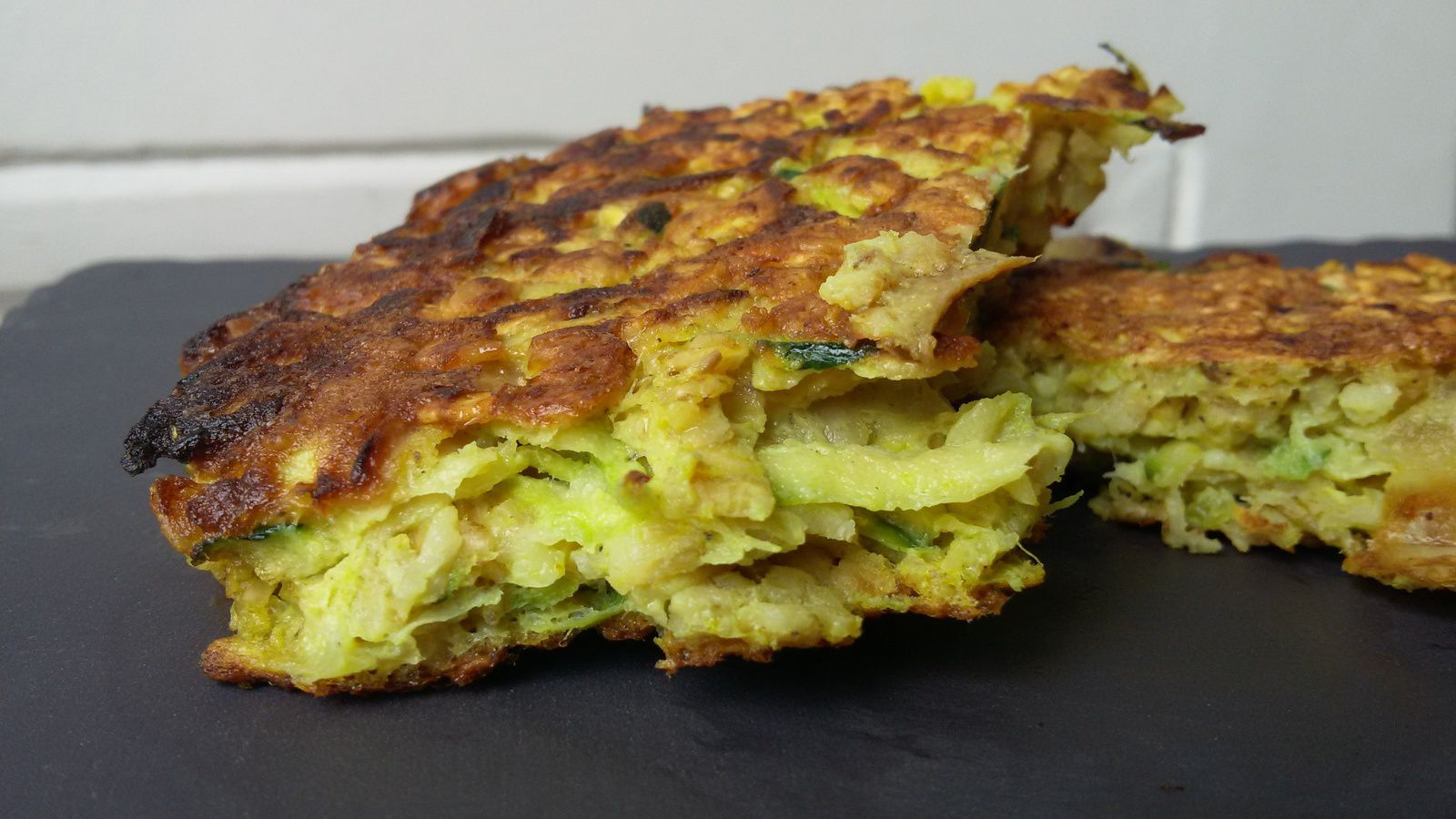 Galettes courgettes oignon / curry / flocons d'avoine