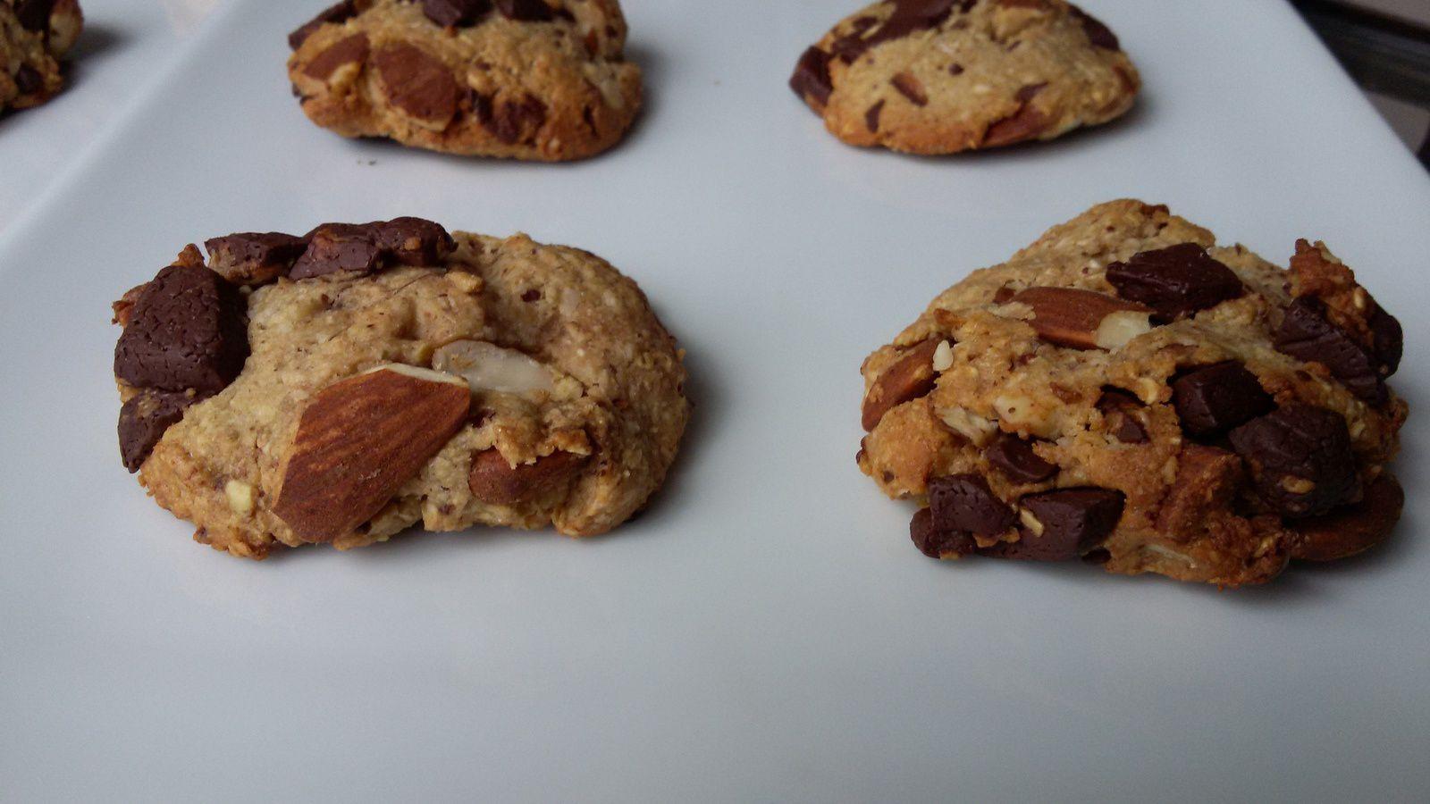 Cookies amandes / chocolat au son d'avoine - Healthy cookies - avec de la purée d'amande