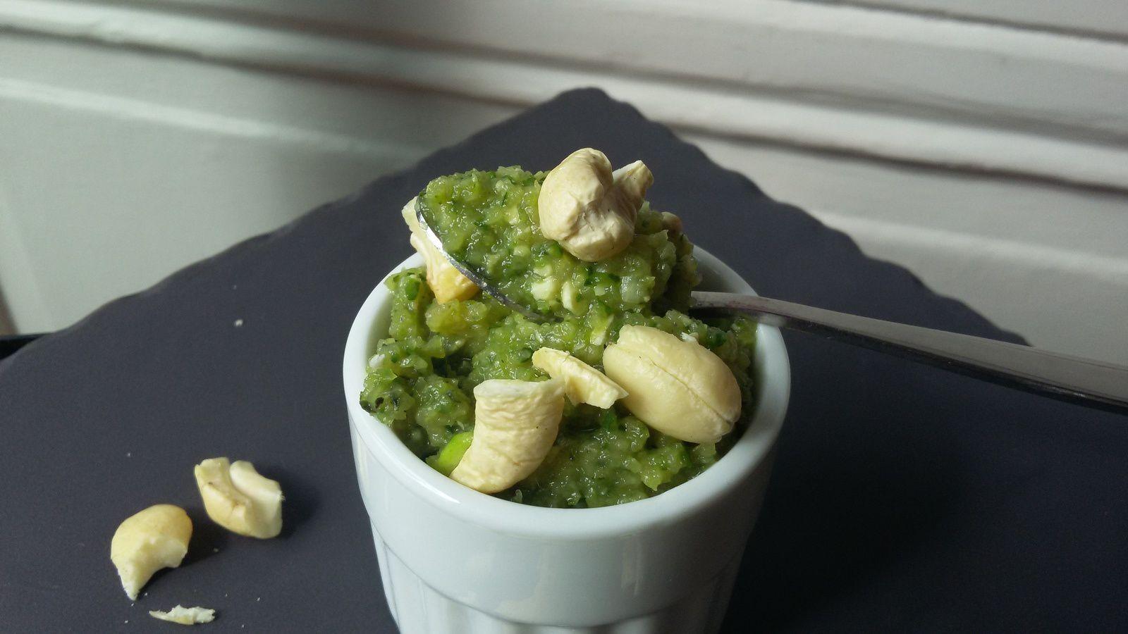 Crème de courgettes et noix de cajou // à utiliser en verrines, tartinade ou sauce