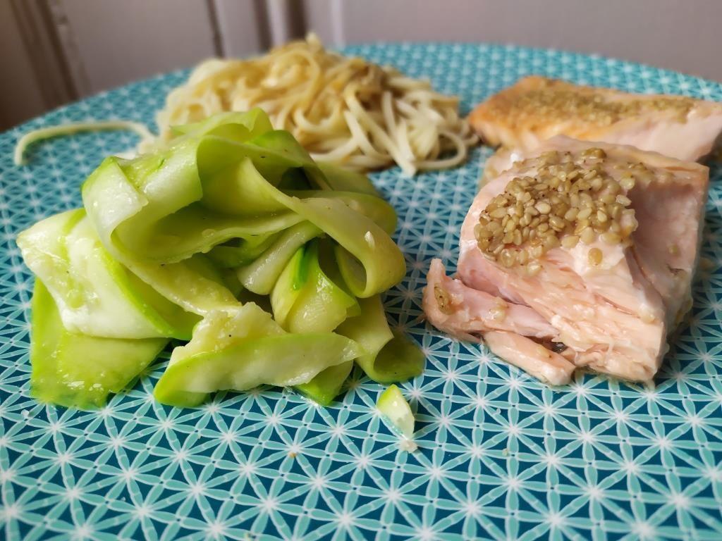 Saumon façon Teriyaki et tagliatelles de courgettes - cuisson au four