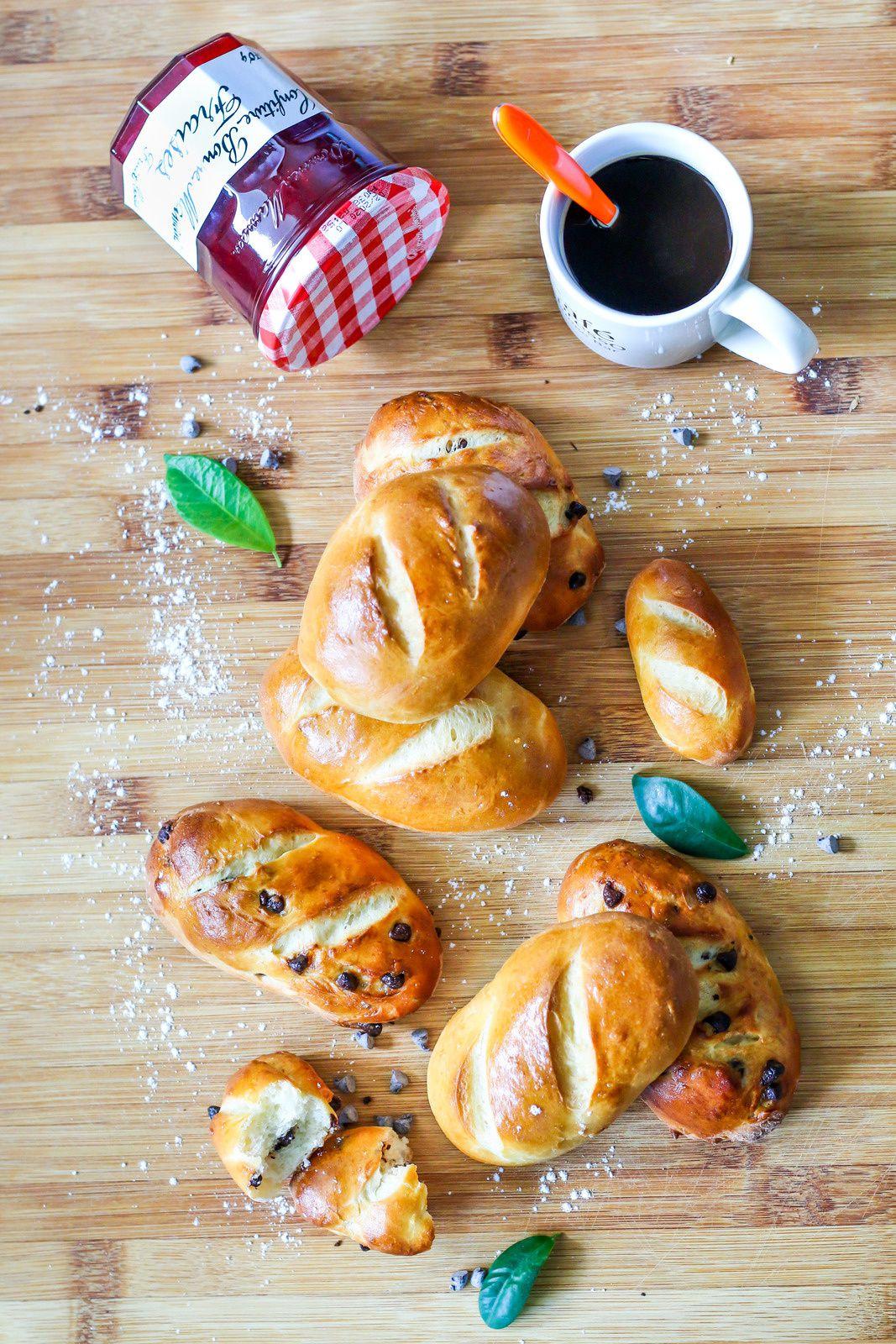 Petits pains au lait moelleux natures & au chocolat