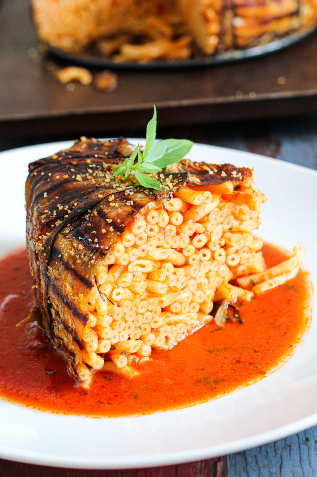 Timbale d'aubergines aux bucatini