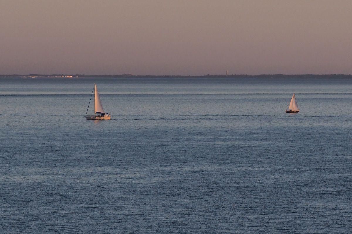 Somptueuses couleurs du coucher de soleil sur Sainte-Marie
