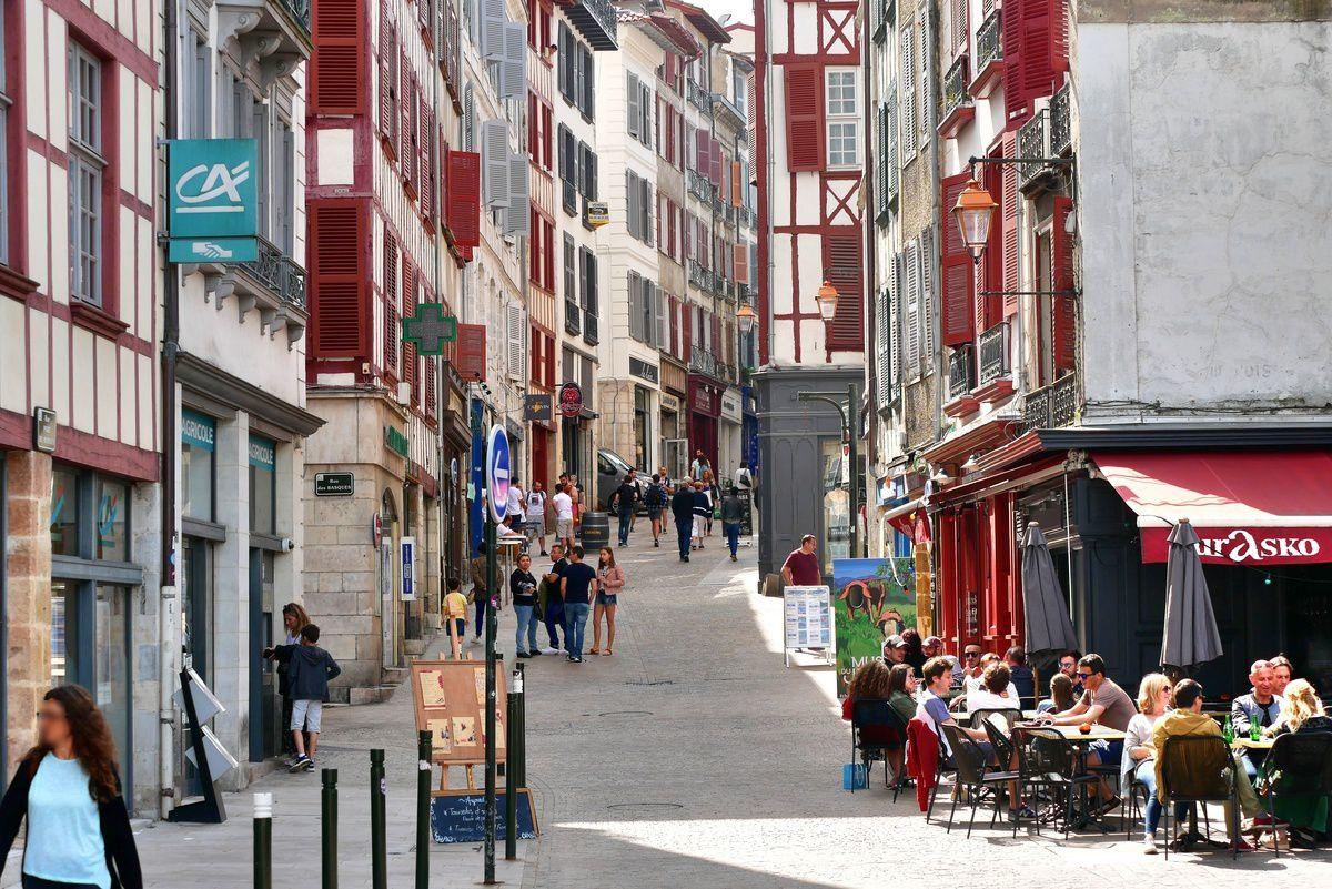 Bayonne : les rues de la vieille ville