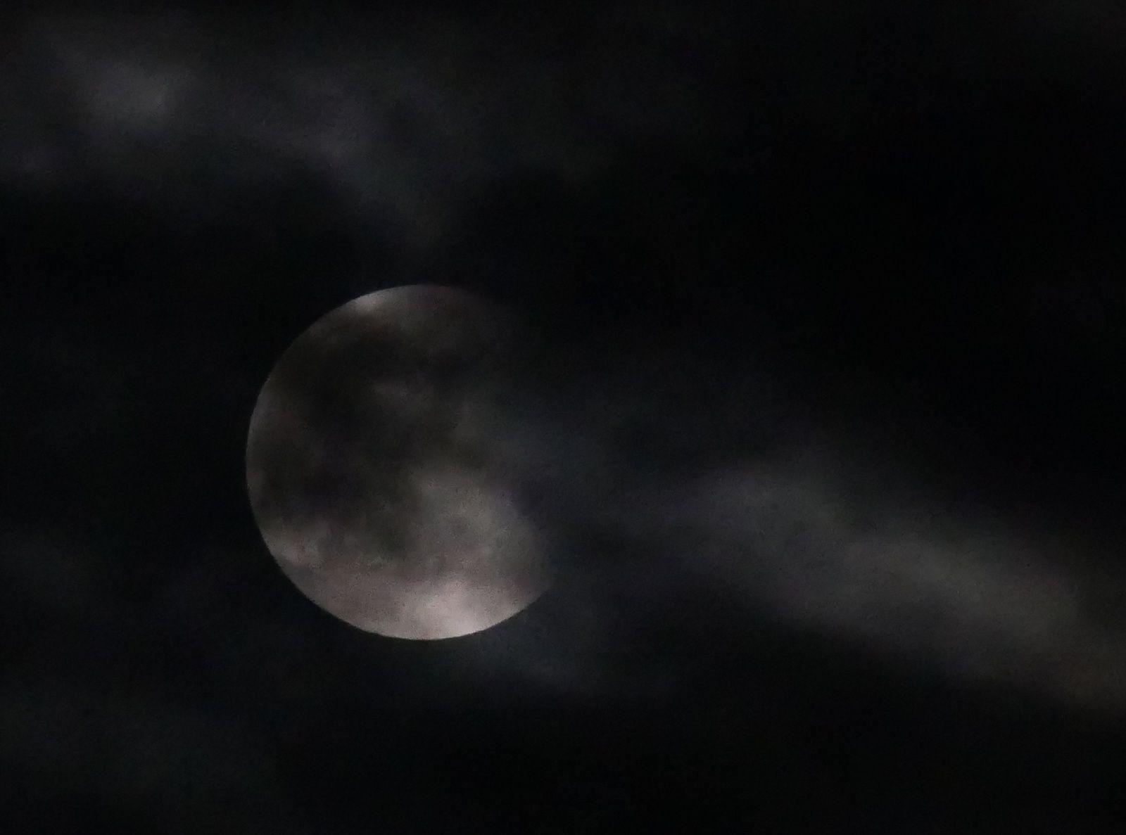 la plus longue éclipse de lune du siècle