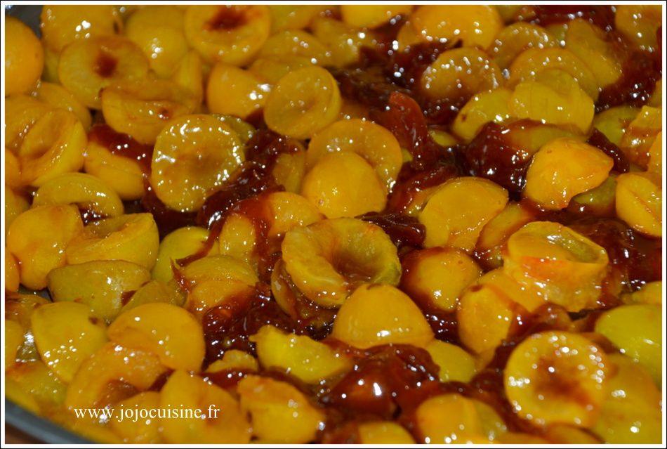 Gâteau Renversé aux Mirabelles et sauce au Caramel Beurre Salé