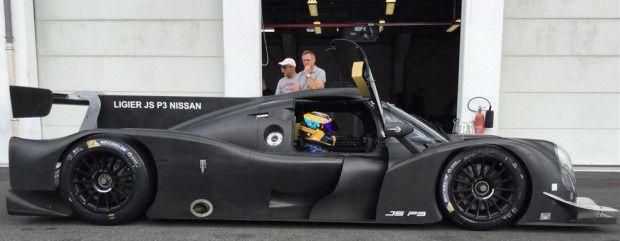 Thomas LAURENT se voit confier ce prototype ...une nouvelle étape dans un carrière déjà riche qu'on se doit d'encourager.